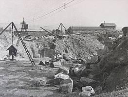 Steinbruch historische Aufnahme
